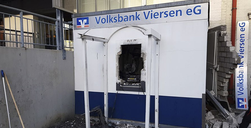 Viersen'de bankamatik havaya uçuruldu