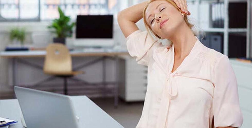 Telefona Bakarken Başınızın Ağırlığı 20 Kiloya Çıkabilir