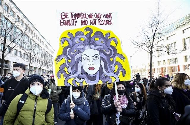 Berlin'de 8 Mart Dünya Kadınlar Günü gösterisi