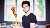 Türk çello sanatçısı Jamal Aliyev dünyayı büyülüyor