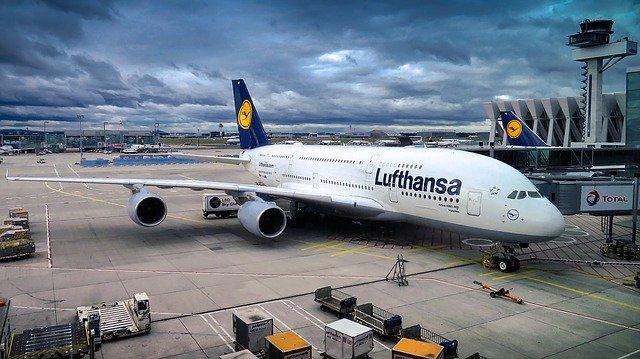 Bir zarar açıklaması da Lufthansa'dan