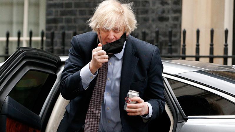 """Johnson'ı """"yalancılıkla"""" suçlayan milletvekili, oturumdan kovuldu"""