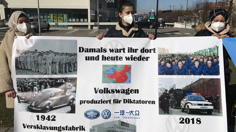 Avusturya'da Uygur Türkleri, Volkswagen firmasını protesto etti