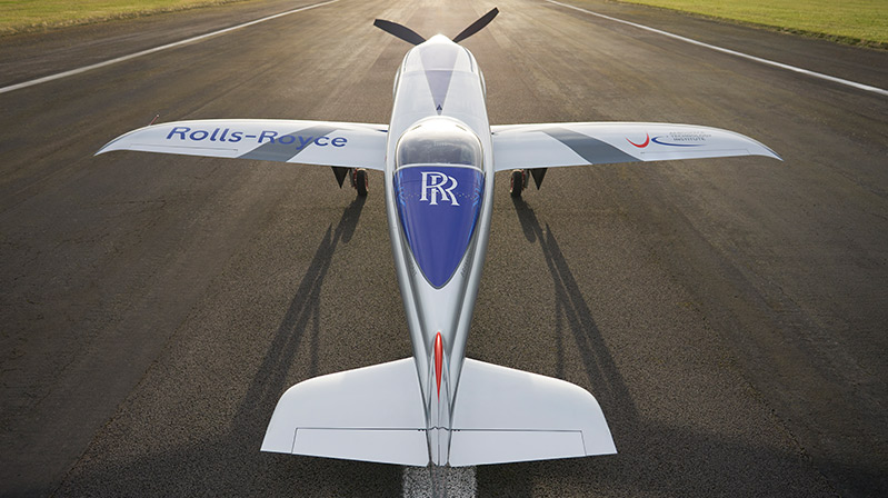 "ROLLS-ROYCE'UN ELEKTRİKLİ ""SPIRIT OF INNOVATION"" UÇAĞI"