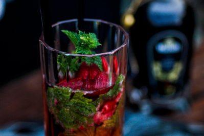 Sommercocktail - Erdbeer Mojito im Italian Style mit Mazzetti l'originale