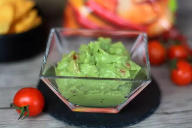 Guacamole Rezept Avocado Tomate - Dip für Chips / Nachos