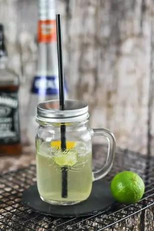 lynchburg lemonade rezept mit jack daniels die k che. Black Bedroom Furniture Sets. Home Design Ideas