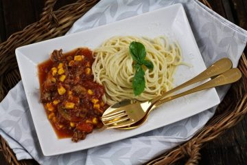 Resteverwertung - Spaghetti mit Hack-Pilz-Mais-Tomaten Soße