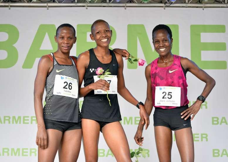 10.09.2017, 28. Barmer GEK Alsterlauf in Hamburg - Die schnellsten Damen vl: Tabitha Gichia (3. Platz) , Mary Munanu (1. Platz) , Joyce Jemutai Kiplimo (2. Platz)