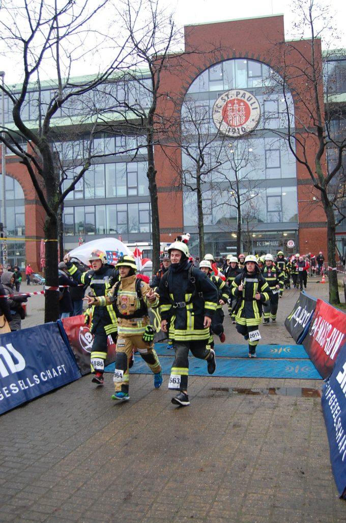 Zieleinlauf Feuerwehrteam