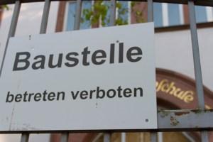 Der Investitionsstau in Frankfurt muss schleunigst behoben werden, sei es bei den Schulen oder bei der Infrastruktur.