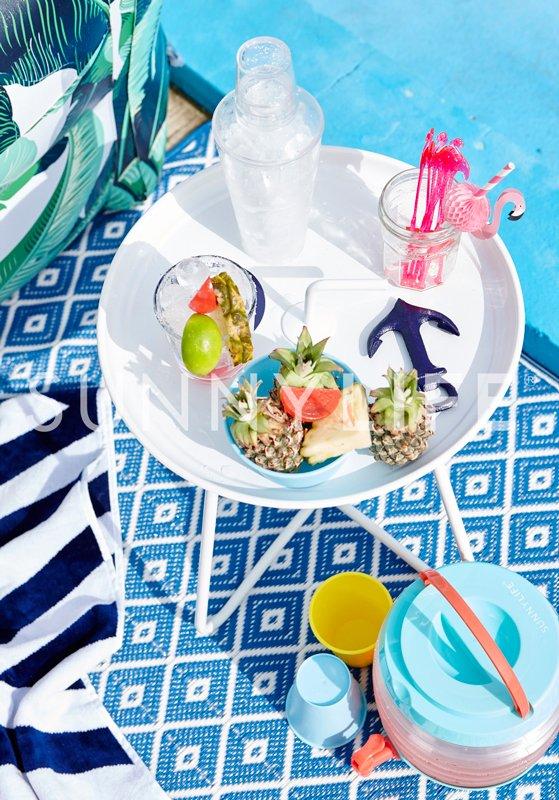tropical-cocktail-kit_lifestyle.jpg
