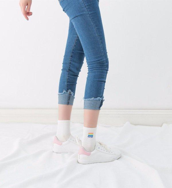 Pantone_Socks