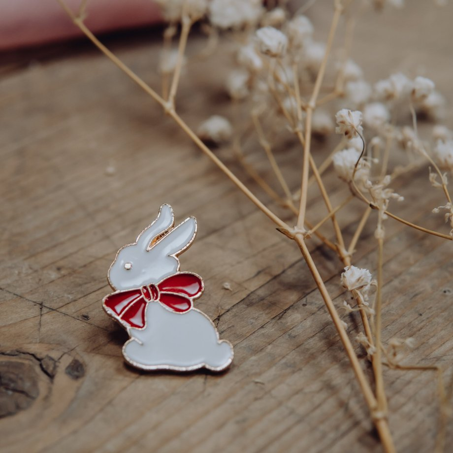 Emaille Pin Bunny