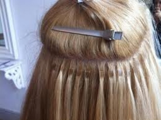 Proffesionele Keratine Hairextensions Plaatsen Bij U Thuis