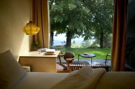 Zimmer in der Casa das Penhas Douradas mit Blick auf die Serra da Estrela. Foto: Hotel