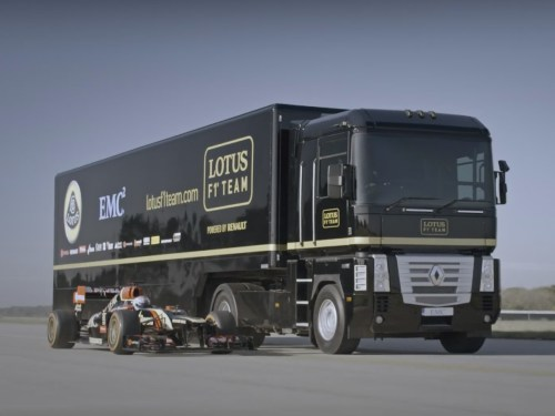 small resolution of video world record truck trailer jump moving lotus f1 car