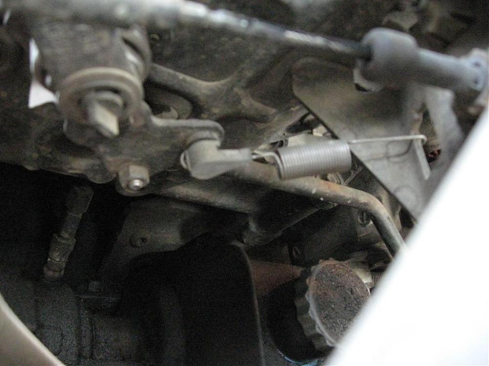 medium resolution of img 2113 jpg throttle tension spring pic img 2114 jpg