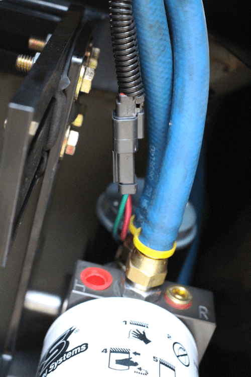 small resolution of during the routing of the wire harness bosie took care to anchor it to existing wiring and fuel lines via zip ties after plugging the wire harness in at