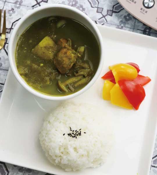 印度風味菠菜雞肉咖哩飯   大侑健康企業