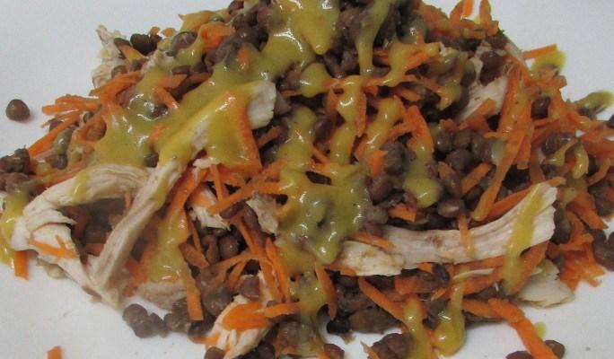 Ensalada de lentejas y pollo (con vinagreta de mostaza)