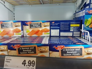 Is farmed salmon junk food? | Diet is the key