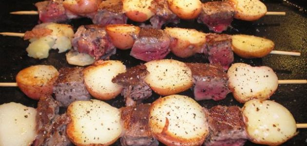 Beef And Potato Skewers With Steak Sauce