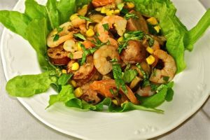prawn and chicken salad