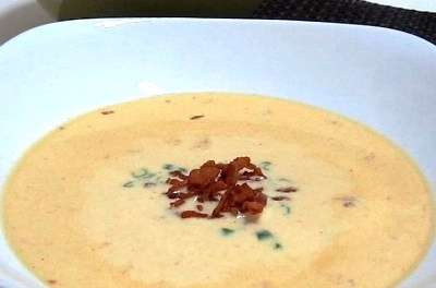 Creamy Cheddar Soup with Crumbled Bacon (Atkins Diet Phase 2 Recipe)