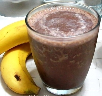 Banana Chocolate Milk Smoothie (Cabbage Soup Diet Recipe)