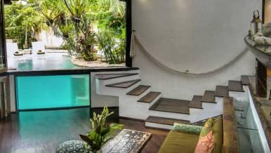seminyak-beach-villa-for-rent-bali