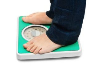 Weight gain or much greater difficulty losing weight with hypothyroidism