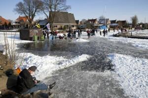 door het ijs zakken