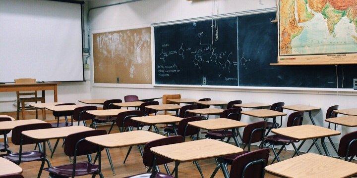 Weer-naar-school-spanning en Corona: 10 tips voor ouders