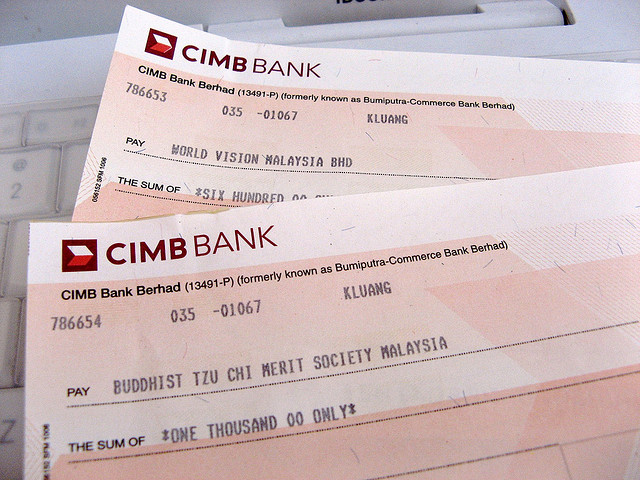 Difference Between Bank Draft and Certified Cheque  Bank Draft vs Certified Cheque