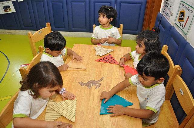Difference Between Preschool and Daycare   Compare the ...