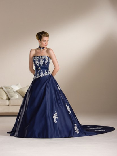 Difference Between A-line and Ball Gown