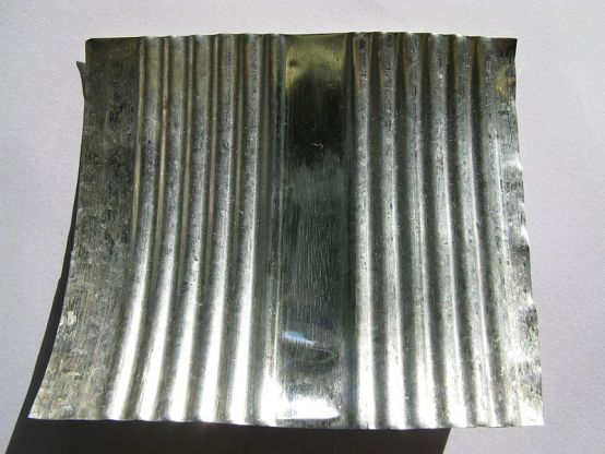 Key Difference - Galvanizing vs Tinning