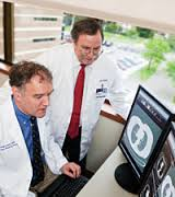 Difference between Oncologist and Urologist   Oncologist vs Urologist