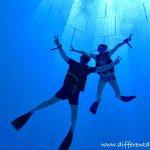 Hélène et John en plongée à Némo33
