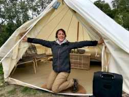 Une tente aménagée des volcano hut à Porsmork