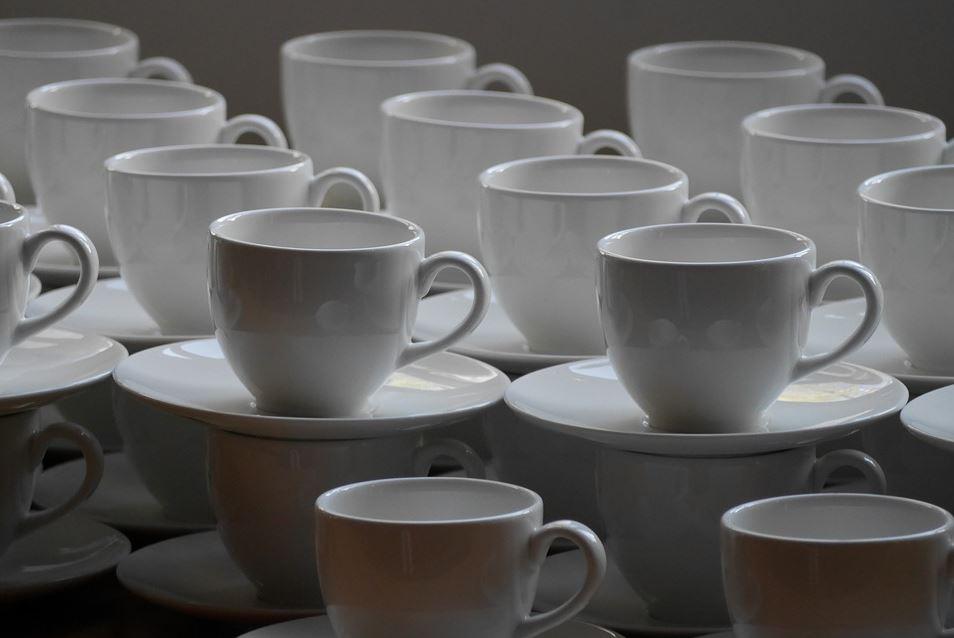 Differenza tra ceramica e porcellana  Qual  la