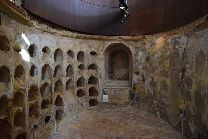 Punic Wall Crypt