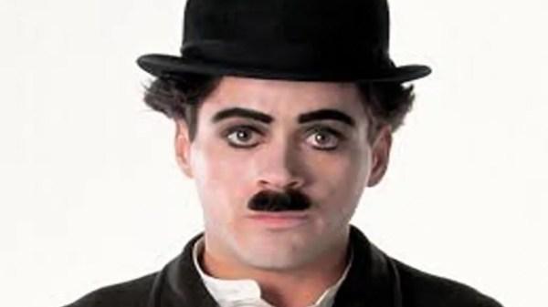 চার্লি চ্যাপলিন -হাস্যরসাত্মক অভিনয়ের জন্য বিখ্যাত