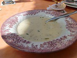 """Spargelcremesuppe in der Gaststätte """"Zur Post"""""""