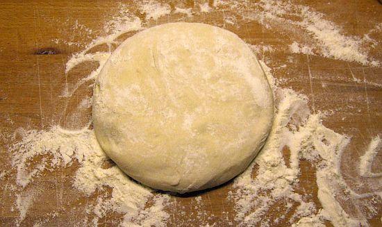 Foto: Portion Pizzateig für eine Pizza