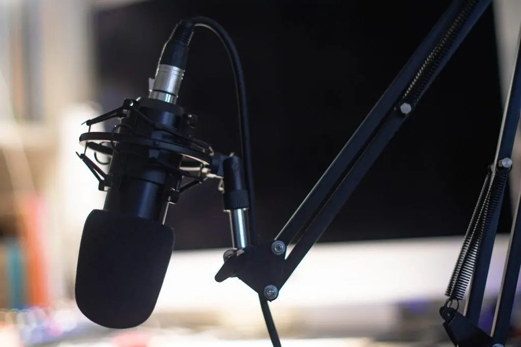 best way to record podcast with Static Mic Arm for Podcasting