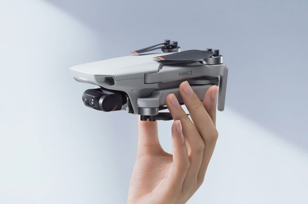 DJI Mavic Mini 2 03 - gift for tech lovers