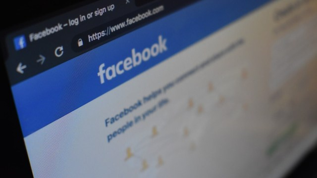 Facebook data transfers