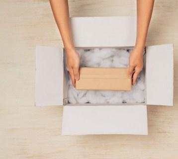 Shopify and DHL eCommerce (Logistics)
